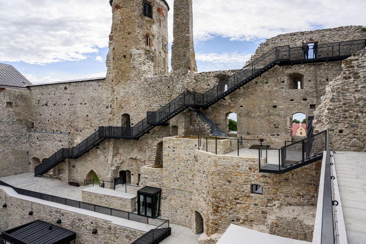 renovation_of_haapsalu_episcopal_castle_estonia_kaos_architects