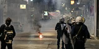 Αστυνομία, νομιμότητα και αντιεξουσιαστές